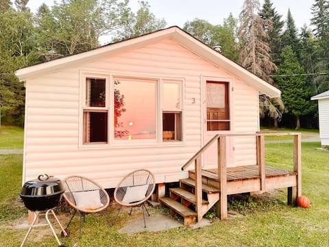 Lebron's Camp #3 - vintage beach front cabin by Bowerbird Stays