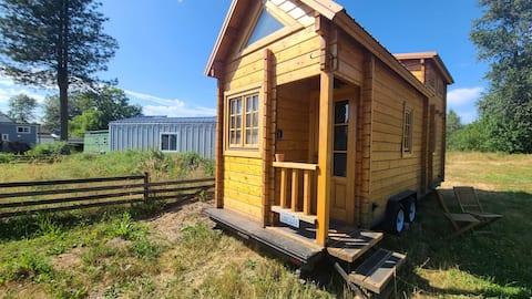 EuroCabin Tiny Home On The Farm