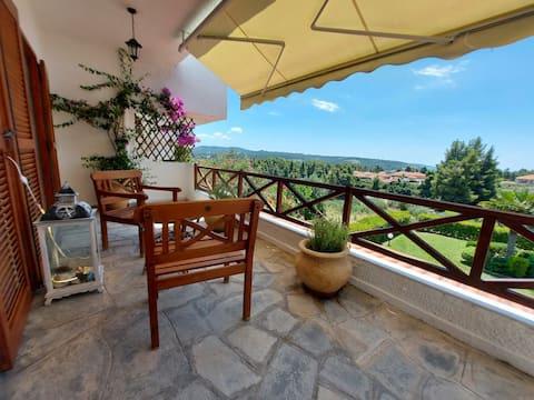 Elani Private Retreat - Villa Anna Garden Escape
