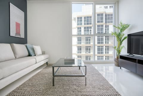 Smart Downtown 2BR, City View