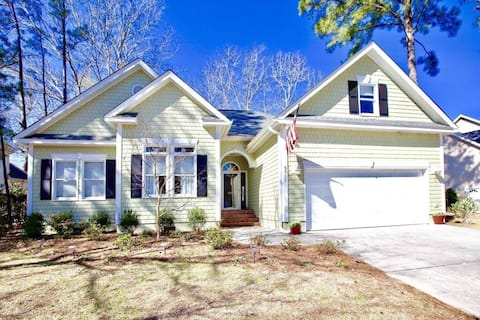 Starfish House~Mins to Wrightsville and Mayfair!