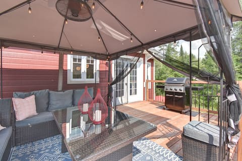 Chalet SPA+SAUNA in the woods close to ski Tremblant and golfs
