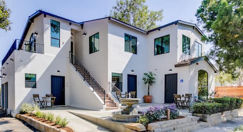 Casa Valerio Unit 6A-Boutique Suite in Downtown Santa Barbara
