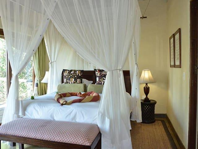 Luxury Family Villa photo 14