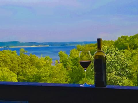 Lake View & Access on Indian Point - 5 Mins to Silver Dollar City!