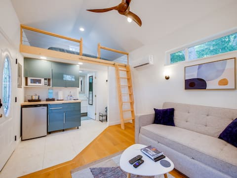 Creekside Cottage- Experience St. Aug's Newest Tiny House