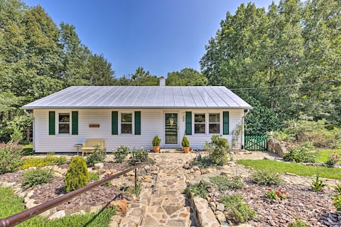 NEW! Cottage < 10 Mi to Wineries, Skiing & Hiking