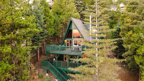 Wildhaven by AvantStay | Stunning A-Frame Home w/ Gorgeous Views & Game Room