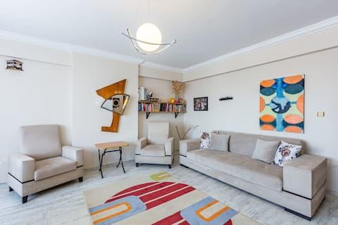 شقة فسيحة مع حمام سباحة مشترك بالقرب من مطار صبيحة جوكجن