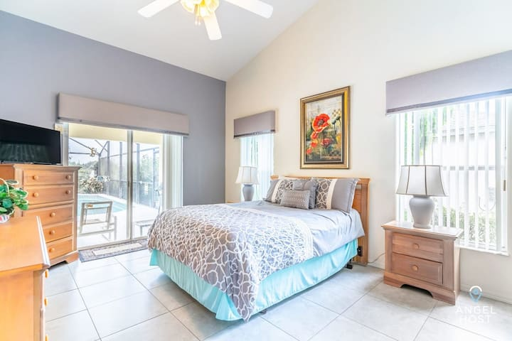 Bedroom 1 is a master bedroom w/ queen bed, private bathroom & access to the pool.