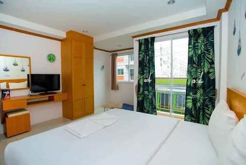 King room 600 meters from Beach, free pool to use SHA+