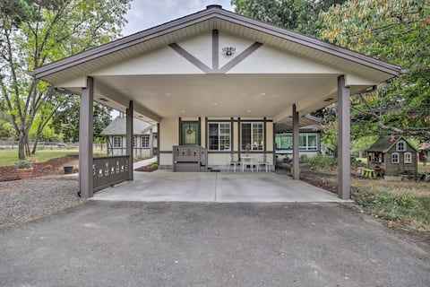 NEW! Cottage on Flower Farm, Creek Access On-Site