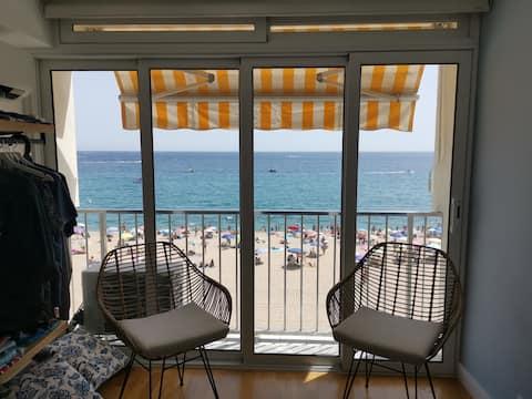 Exclusive studio in front of the sea Platja d'Aro