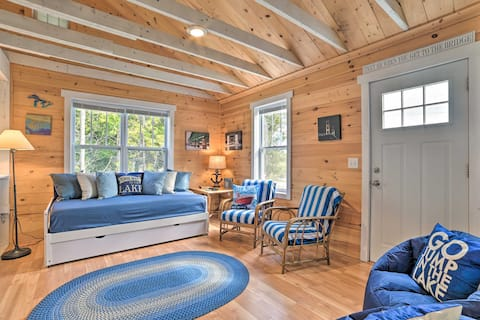 NEW! Cozy Cedarville Cottage - Walk to Lake Huron!