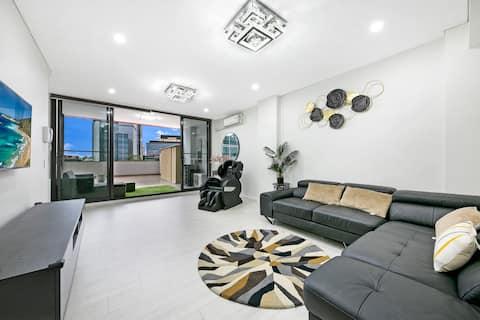 Spacious Two bedrooms Home In Central Parramatta PMTO01