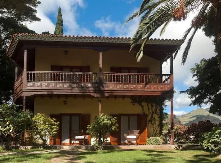 Casa Balcones B