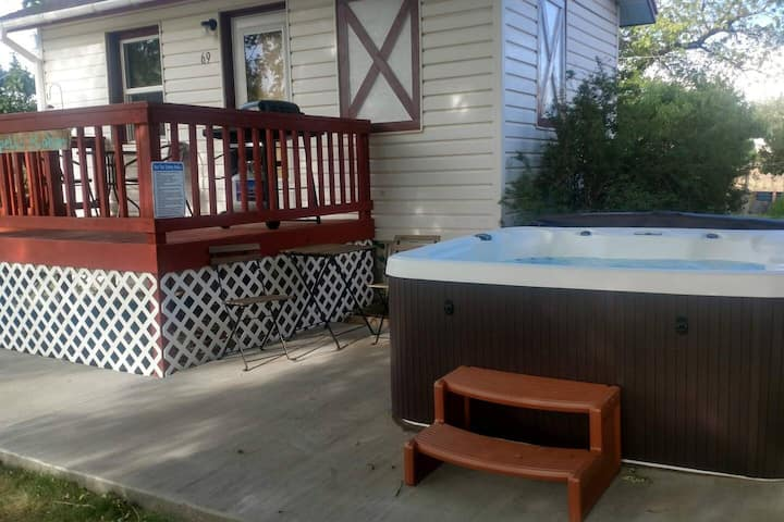 Hot Tub, Kokopelli Kabyn, Cute and Cozy!