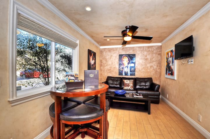 Beautiful Villa Steps From Sand, 1 BR 1.5 BA, Love Your Stay!