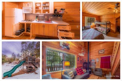WoodenNickelCabins - Kitchen + GameRoom + Playground # 1「水牛の群れの小屋」