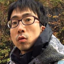 翼 User Profile