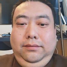 Профіль користувача 伟