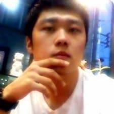 Nutzerprofil von Yong Kyun