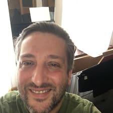 Ariosto Vincenzo的用戶個人資料