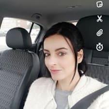 Profil Pengguna Vicki
