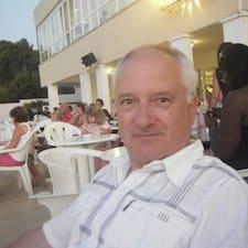 François님은 슈퍼호스트입니다.