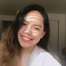 Thy Nhat felhasználói profilja