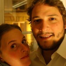 En savoir plus sur Renata & João