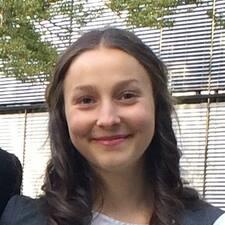Lea Julia User Profile