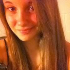 Savannah felhasználói profilja