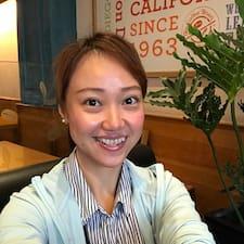 Evangeline felhasználói profilja