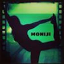 Monica ay isang superhost.