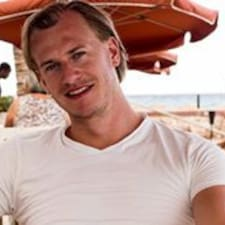 Profil Pengguna Roderick