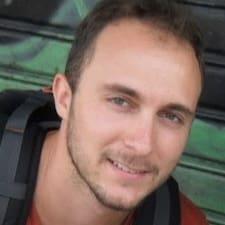 Simon-Pierre felhasználói profilja