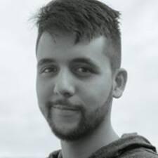Profil Pengguna Santiago