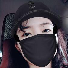 朦萌 User Profile