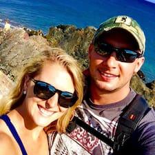 Nicole&Blake is een SuperHost.
