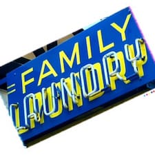 Family Laundry's profile photo