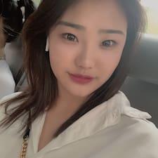 花花 felhasználói profilja