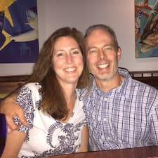 Brett & Diane مضيف متميز.