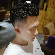 Profil utilisateur de 家伟