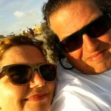 Henkilön Dawn And Jonathan käyttäjäprofiili