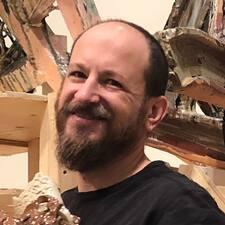 Seth felhasználói profilja