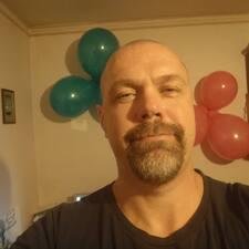 Pierrick felhasználói profilja