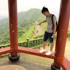 宏瑋 felhasználói profilja