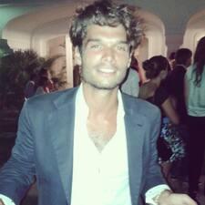 További információk Antonino házigazdával kapcsolatban