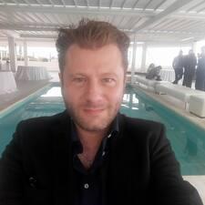 Profilo utente di Paul Alex